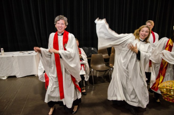 Clergy-dancing2017Convention-min